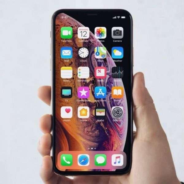 سعر ومواصفات iPhone XS ومميزات وعيوب