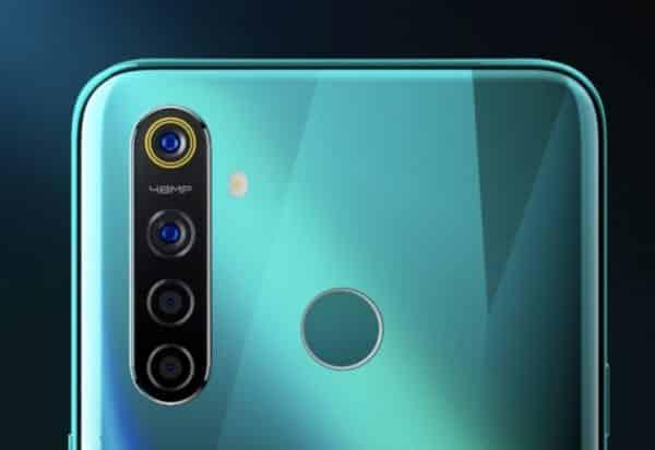 كاميرات Realme Q الخلفية