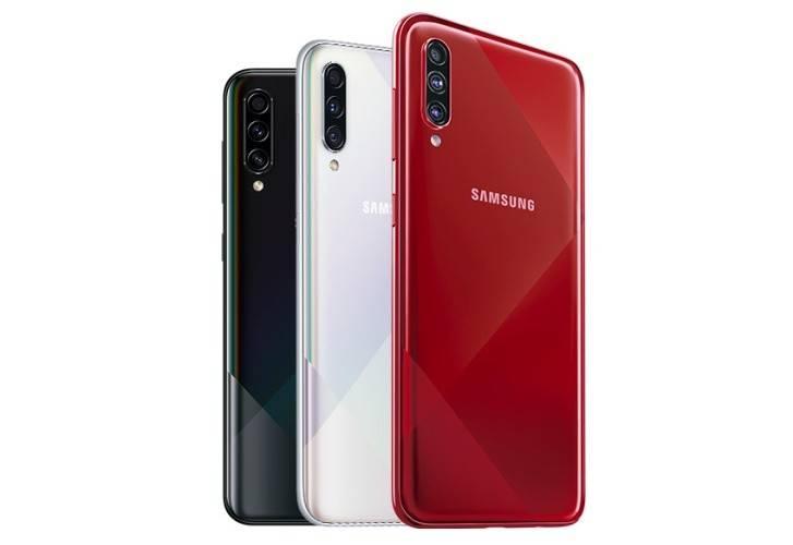 ألوان Samsung A70s