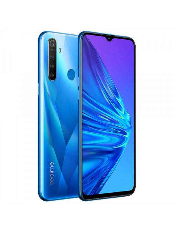 Realme 5 باللون الأزرق